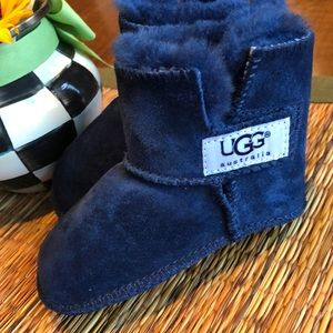 Toddler Uggs- Size M